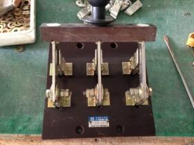 HD11B-400/39 开启式单投刀开关